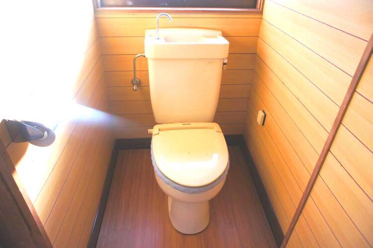 快適にお使い頂ける清潔感のあるトイレです。