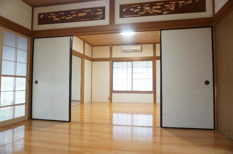 1階の和室は続き間になっております。