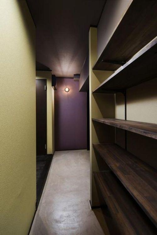 「シューズインクローク」玄関隣には、シューズインクローク。大容量で、靴以外にも収納として活用可能で…