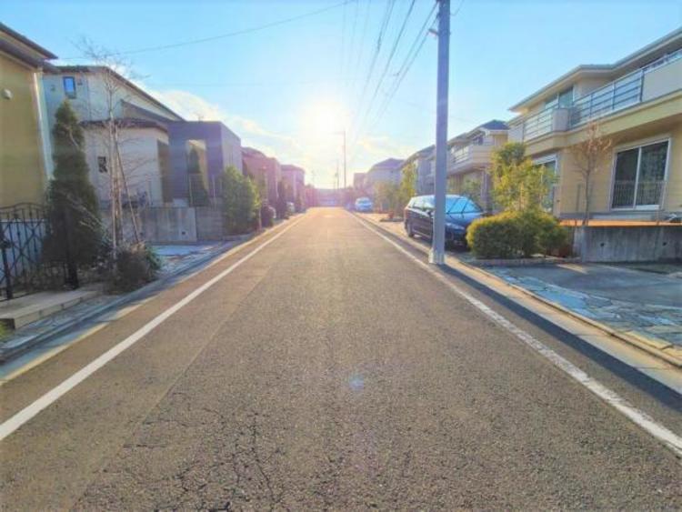 周辺は起伏の少ない道のりなので、自転車でのお子様の送り迎えも楽ちん