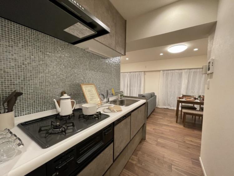 食を育む大切な空間。日々の調理を快適にサポート。あなたの暮らしに寄り添うキッチン。
