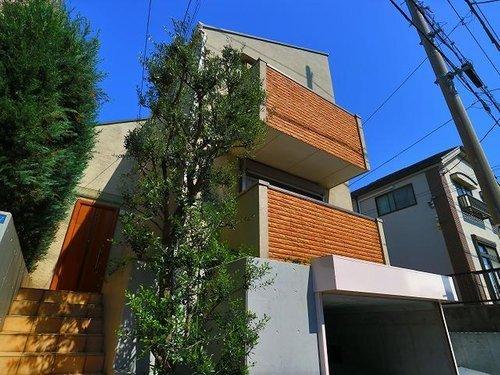 こだわり設計のオーダー住宅~上池台3丁目の21帖LDKでゆったりとした家族時間を~の画像