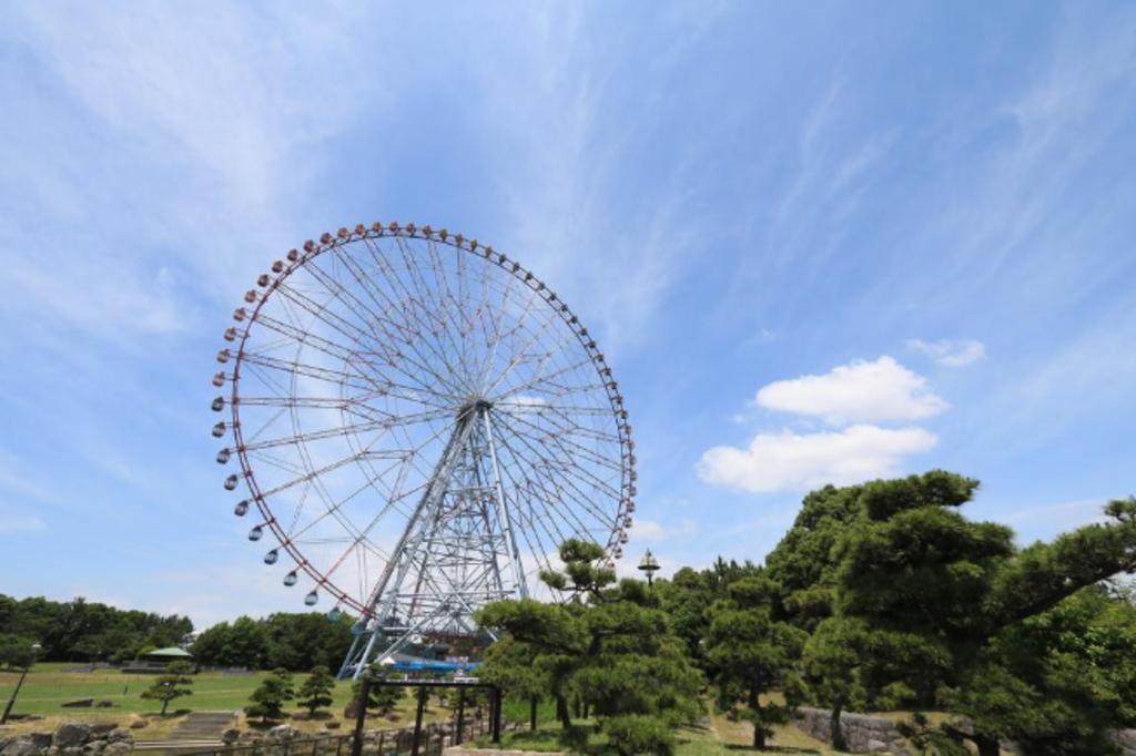 葛西臨海公園まで2200m 葛西臨海水族館や観覧車など施設も充実した大規模な公園です。