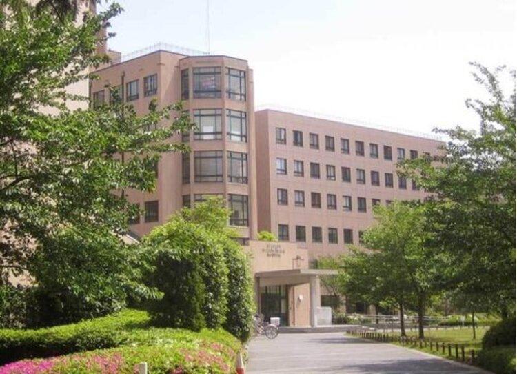 聖路加国際病院まで2000m。総合病院として組織医療の実をあげることに最大限の努力を重ねています。