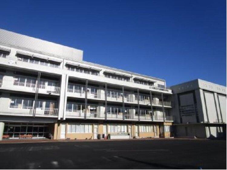 大田区立大森第四小学校まで943m 〇考える子 〇心豊かな子 〇たくましい子 を教育目標とする。