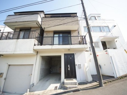 横浜市西区浅間台戸建の画像