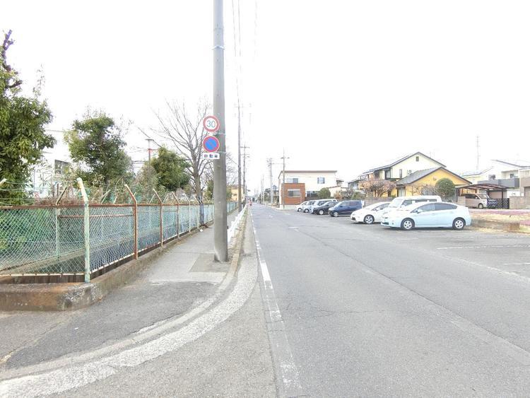 東武伊勢崎・大師線「東武動物公園」駅徒歩約8分の立地です。