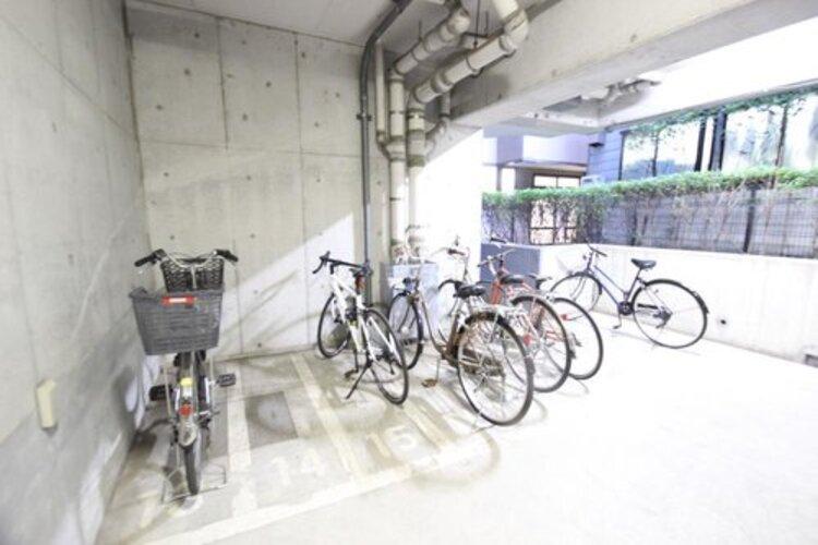 嬉しい屋内駐輪場を完備しております。