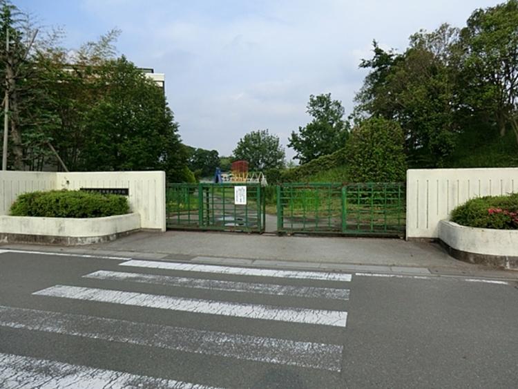 加須市立大利根東小学校 徒歩24分(約1920m)