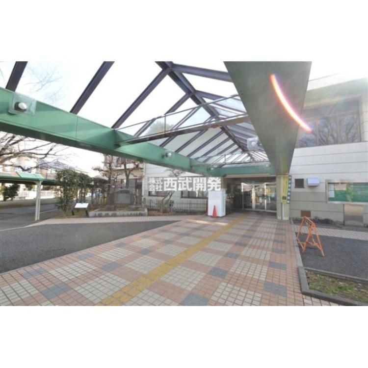 秋津図書館(約590m)
