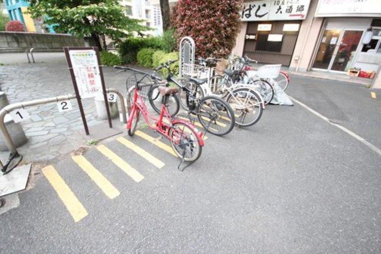 駐輪場も綺麗に整頓されています。