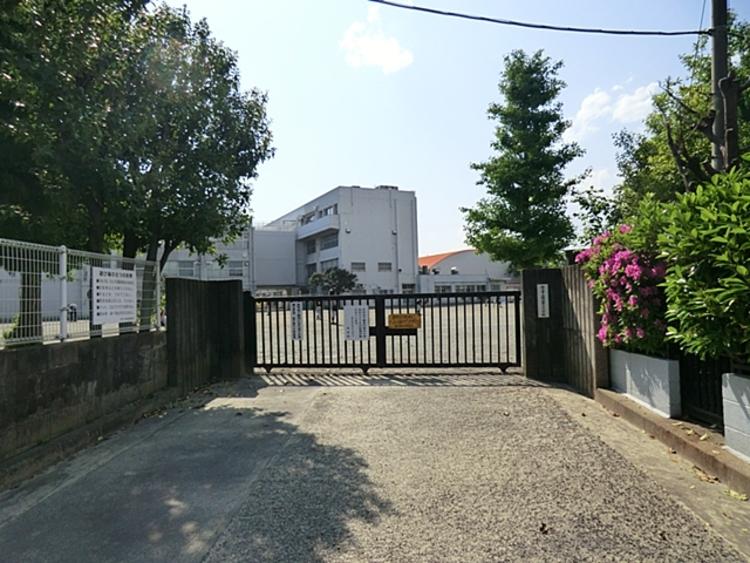 狛江市立狛江第六小学校 距離約650m