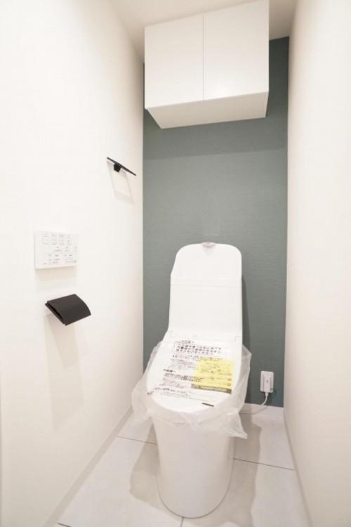 白を基調とした清潔感のある落ち着ける空間
