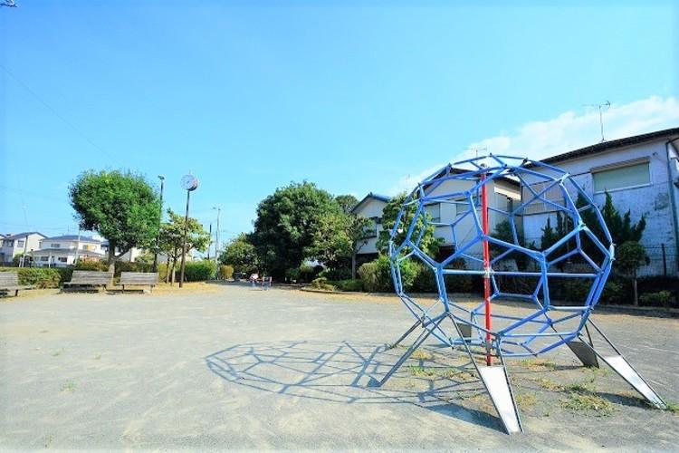 駒井・上村中ひだまり公園 距離約600m