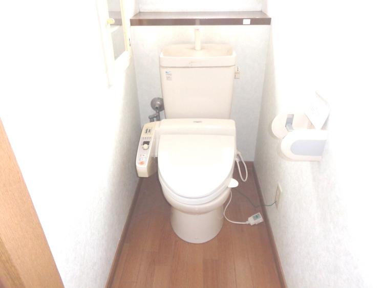 トイレは各階にあるので忙しい朝にも便利です。