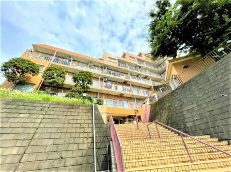 高台につき横浜を一望できる眺望景観をお楽しみ下さい。