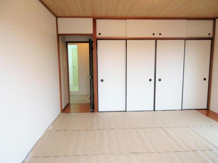 約8.5帖の和室は収納も豊富です。