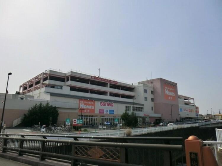 スーパー三和町田三輪店(リーズナブルなお値段が嬉しい地域密着のスーパー。ホームセンターと併設されています。)