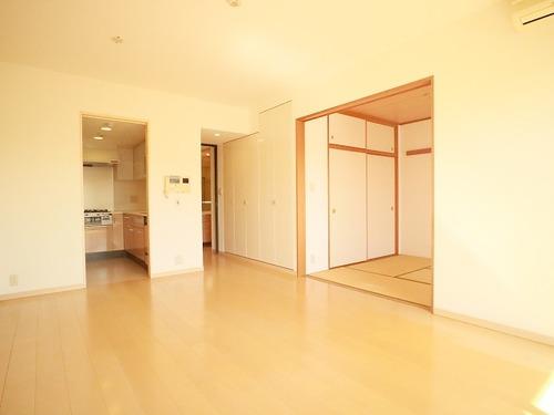 大切なペットと暮らせる♪日当たり良好の明るいお部屋『弦巻パークホームズ』の画像