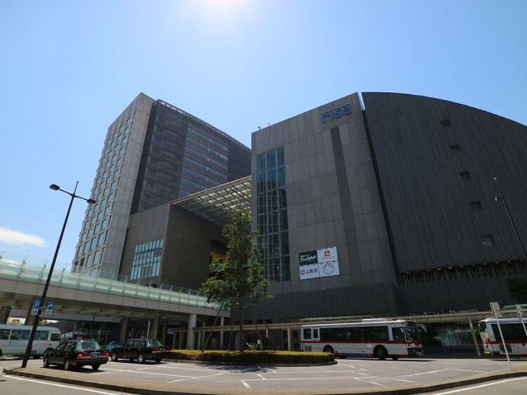 二子玉川ライズ・ショッピングセンター 約700m