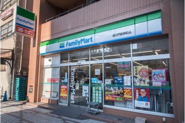 ファミリーマート深川門前仲町店まで123m。「あなたと、コンビに、ファミリーマート」 「来るたびに楽しい発見があって、新鮮さにあふれたコンビニ」を目指してます。