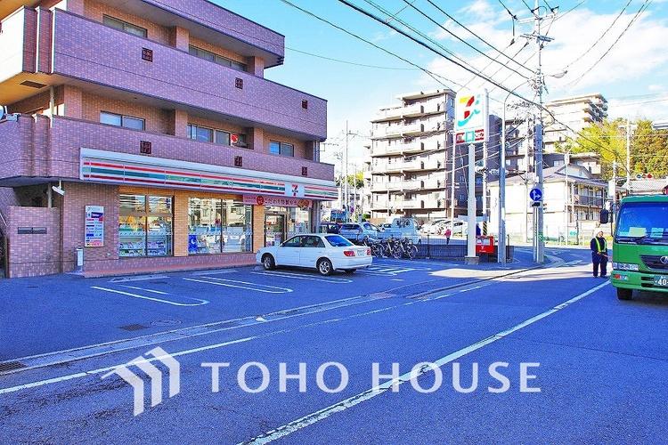 セブンイレブン 横浜荏田町店 距離450m