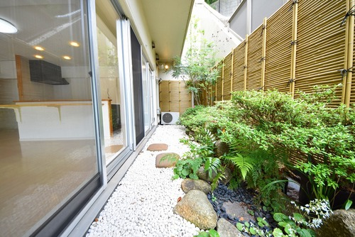 横浜山手高栄マンションの画像