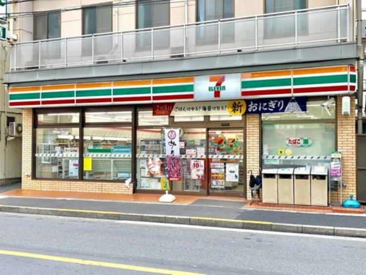 セブンイレブン墨田八広5丁目店まで175m いかなる時代にもお店と共にあまねく地域社会の利便性を追求し続け毎日の豊かな暮らしを実現する。