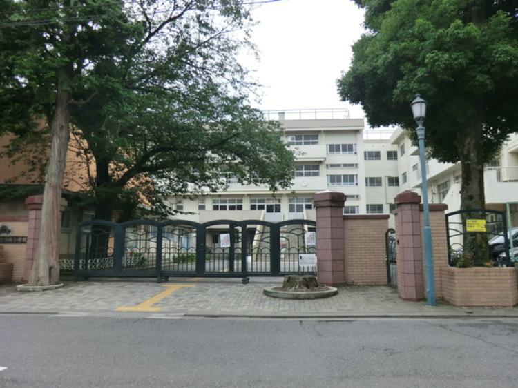さいたま市立木崎小学校 徒歩14分(約1100m)