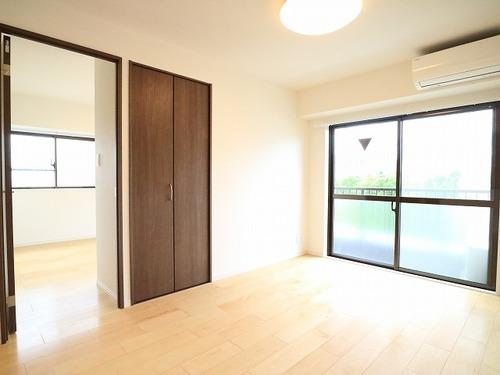 『ライオンズマンション川崎第8』~6階上階なし♪3方向角住戸~の画像
