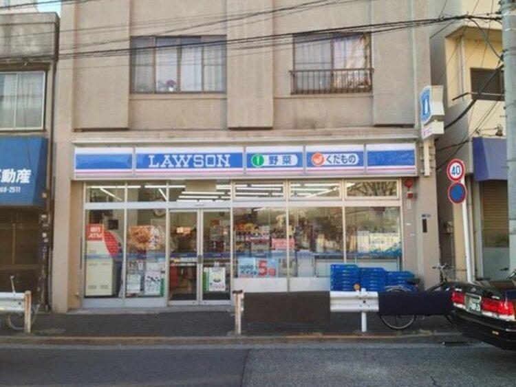 """ローソン新宿上落合店まで200m マチの健康ステーション。 """"みんなと暮らすマチ""""を幸せに。"""