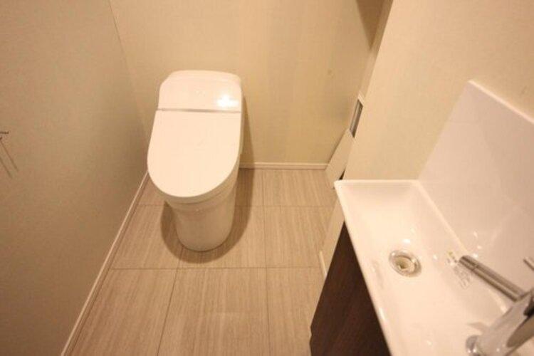 白を基調とし、清潔感のある空間に仕上がりました。