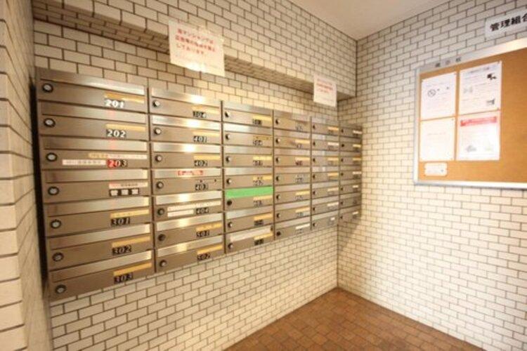 配達される郵便物を受け取るための郵便受けも、きちんと管理されています。