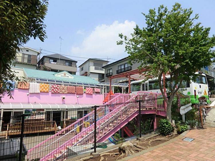 百合丘さくら幼稚園 距離約450m