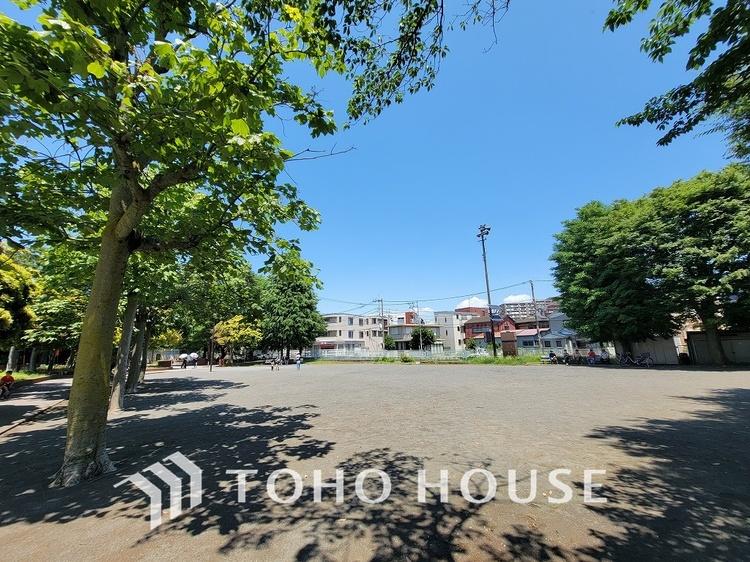 入江川公園 距離450m