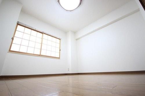 日商岩井大岡山第二マンションA棟の画像