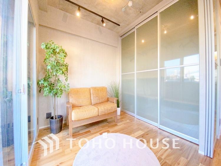 新築のように綺麗な新規リノベーション済のお部屋