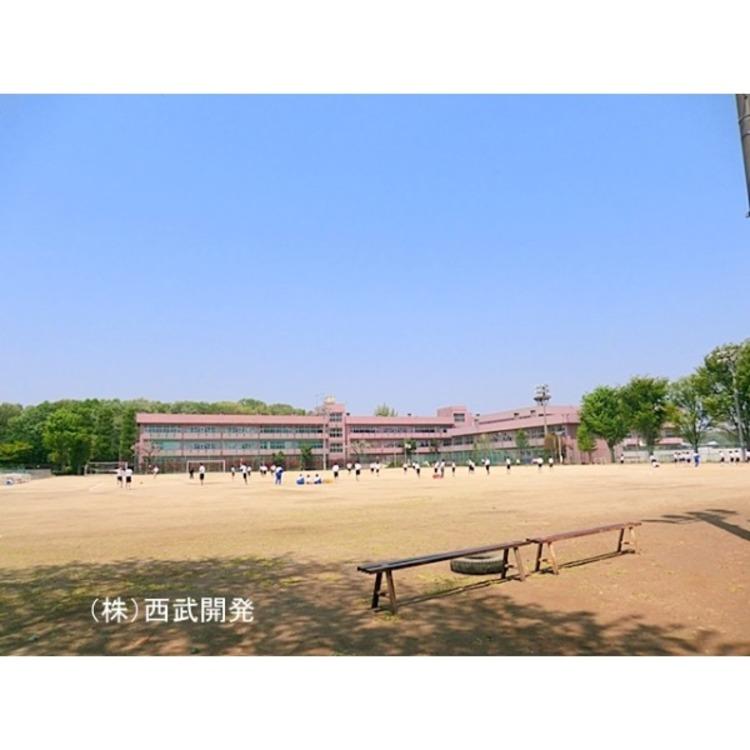 新座中学校(約1400m)