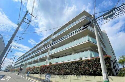 プレサンスロジェ横濱天王町の物件画像