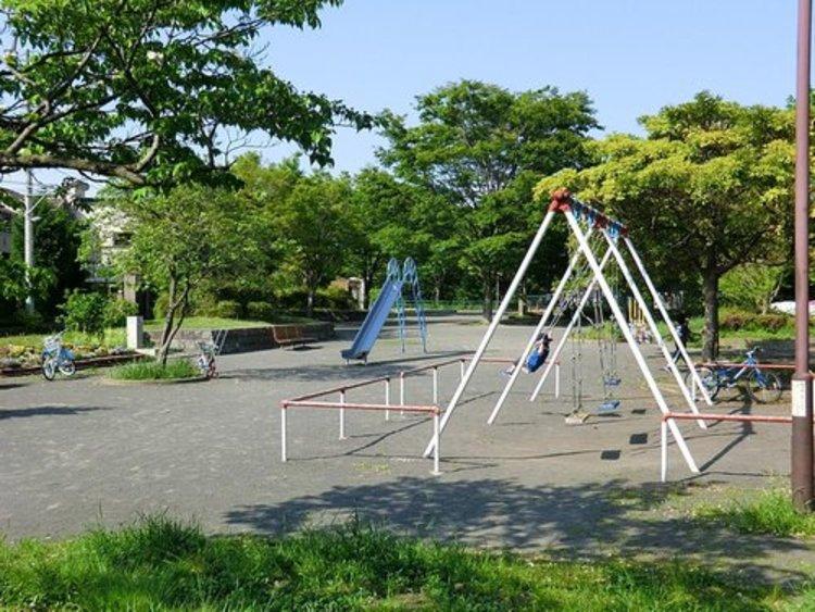 能見台東公園まで1573m