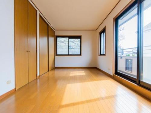 ◇◆ 中古戸建 東戸塚 ◆◇ 軽量鉄骨造2世帯住宅の物件画像