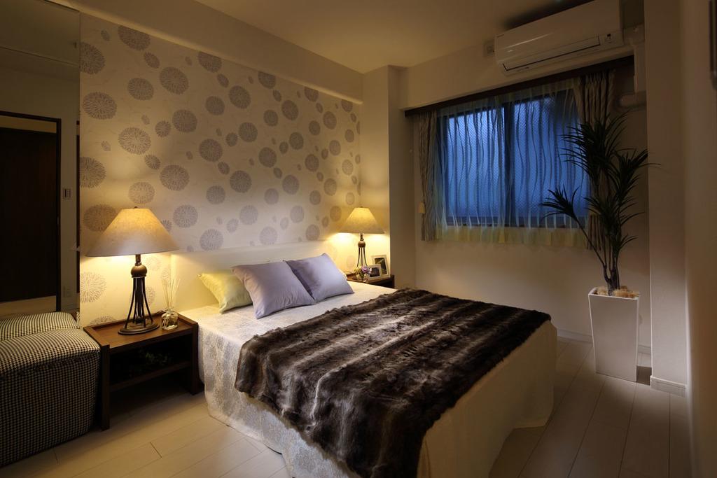 【主寝室(ベッドルーム)】クローゼット付、約6.0帖のベッドルーム!壁のデザインクロスは9種類の中からお選び頂けます!