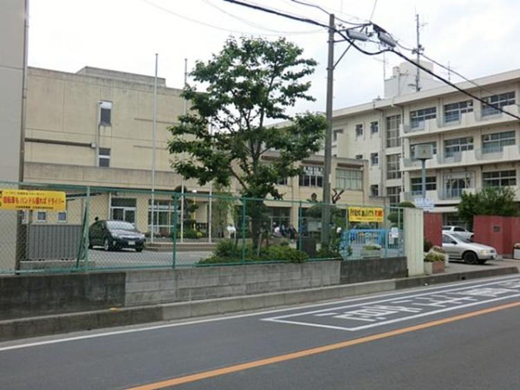 さいたま市立春里中学校 1400m