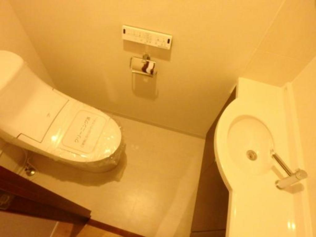 手洗い場付のトイレ