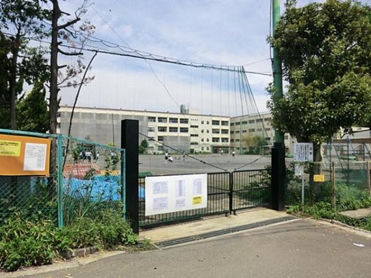 横浜市立上菅田中学校 350m