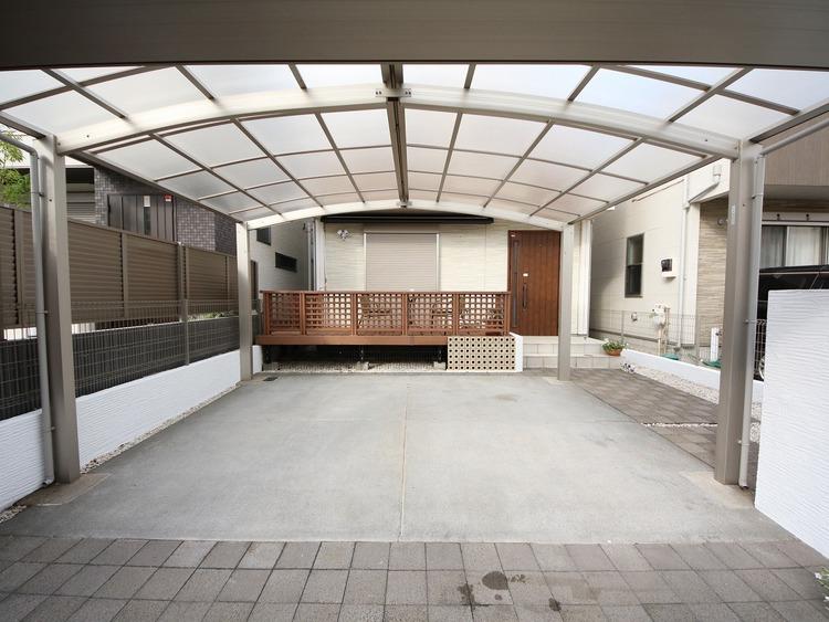 敷地面積123m2ゆとりある物件、駐車スペース2台可能!