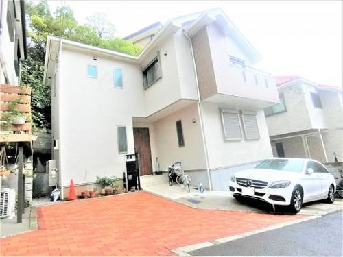 中古 桜木町 駅から6分の車庫付き住宅の画像