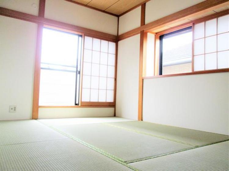 い草香る和室。すぐ横になれる和室で寛ぐひと時はいかがですか。
