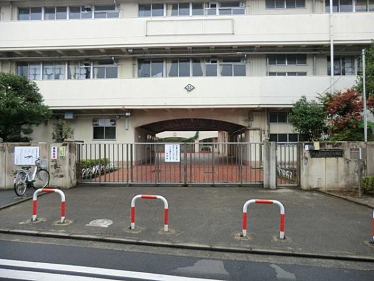 横浜市立西寺尾小学校150m