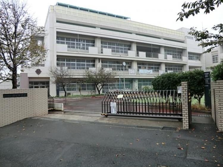 横浜市立錦台中学校700m
